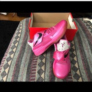 Aunt Pearl KD's